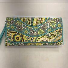 VERA BRADLEY Lemon Parfait Trifold Clutch Wristlet Travel Wallet Paisley Floral