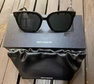 Gentle monster sunglasses Her01 2021 Black Packaging