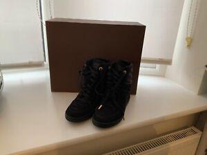 louis vuitton size 3 Shoe/Trainers