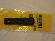 John Deere Bagger Latch..fits ALL 100 Series M72426