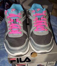 NWT Fila Soar 2 Women's Running Shoe 7 Wide Grey Blue Pink New in Box