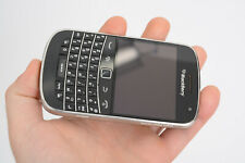 BlackBerry Bold 9900 - 8GB - Black (Rogers Wireless) Smartphone