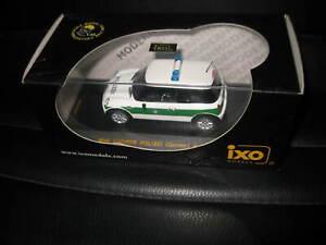 IXO 1:43 MINI COOPER 2002 POLICE POLIZEI CAR  MOC057 GREAT LOOKING MODEL CAR