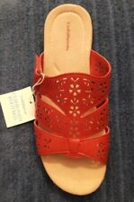NEW Croft & Barrow Size 9 RED Paula Cut Out Slides Sandals Cushioned Footbed