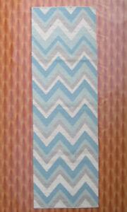 Geometric Hand Woven Wool Rugs Home Décor Turkish Kilim Dhurrie Carpet 2.6' x 8'