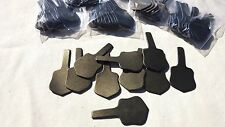 10 LEATHER BRONZE KEY FOB BLANKS IN CLASSIC SHIELD DESIGN + 10 RINGS~}