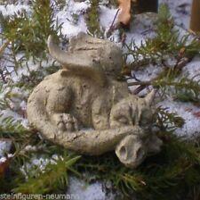 Kleine gartenfiguren skulpturen aus steinguss mit for Gartenfiguren aus steinguss