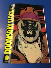 DOOMSDAY CLOCK #1 LENTICULAR VARIANT SIGNED BY GEOFF JOHNS NM/M