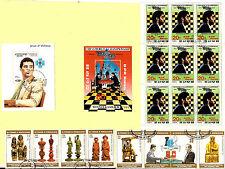 Tous Pays  Le champion des Echecs:Kasparov en tournoi et les piéces de jeu BL163