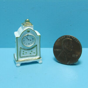 Dollhouse Miniature White Ornate Painted Mantle or Table Top Clock B0112