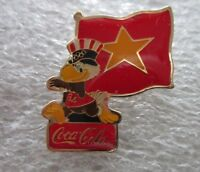 1984 LOS ANGELES Olympics VIETNAM WITH GAMES MASCOTTE Pin Badge