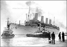 Photo: Rare: Troopship Aquitania Arriving In Southampton, Gray War Paint, 1945