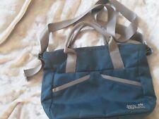 Jack Wolfskin Handtasche/Umhängetasche/Damentasche, blau braun abgesetzt,MIDTOWN