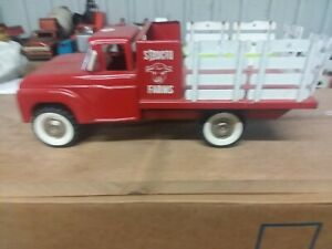 Structo farm stock truck Red with White racks.