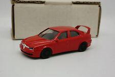 Transkit Base Burago 1/43 - Alfa Romeo 156 GTA Rouge Roues Noires