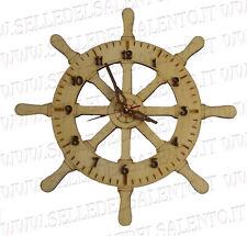 Orologio in legno tagliato al laser co2 a forma di timone con numeri sovrapposti