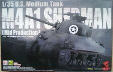Asuka Model 35010 M4A1 Sherman (Mid Production)   1:35