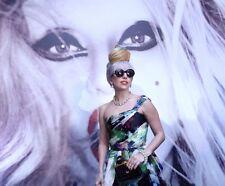 Lady Gaga UNSIGNED photo - P1575 - GORGEOUS!!!!!