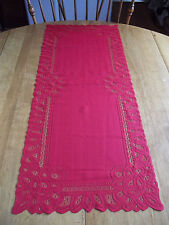 HERITAGE LACE CHRISTMAS RED CANTERBURY RUNNER 13.5 X 36 CUTE ITEM 2827