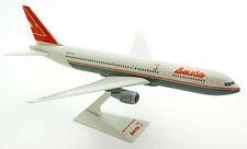 Lauda Air Boeing 767-300ER 1:200 Flugzeug Modell NEU B767 OE-LAX