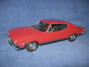 1968 CHEVROLET CHEVELLE SS 396 RED 1:18 WELLY OPENING DOORS, HOOD & TRUNK
