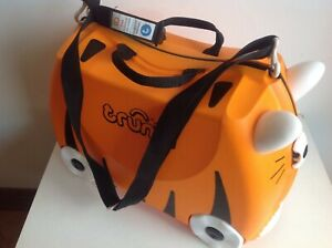 Tipu Tiger Trunki Children's ride on suitcase pull along hand luggage suitcase