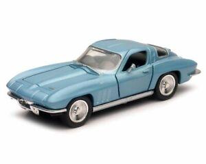 Chevrolet Corvette Coupe (1966) Diecast Model Car 51433