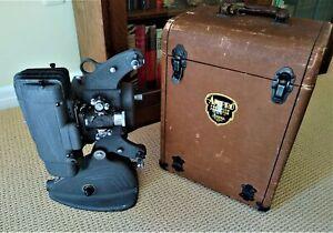 8mm AMPRO Projector - Model A8 - Vintage 1940's - Art Deco Moderne - Works!