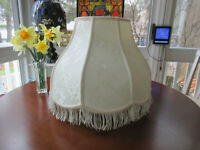 """OUTSTANDING LARGE 14 """" ROUND  BROCADE VICTORIAN CLOTH LAMP SHADE  W / FRINGE"""