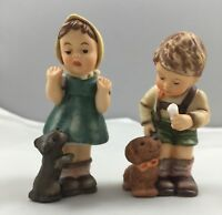 Berta Hummel Figurine Set Christmas Treat For Puppy & A Puppy For Christmas 628