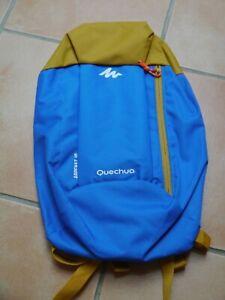 Rucksack Daypack Quechua Arpenaz 10 Decathlon blau senfgelb