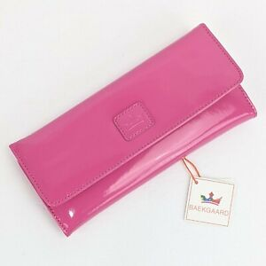 Vera Bradley Baekgaard Clutch Wallet Pink PASSION FRUIT Patent Leather NWT