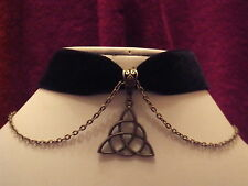 Necklace/Velvet choker with triquetra pendant and fitted chain Witch Wicca Pagan