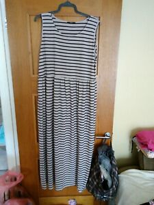 GEORGE Stripy Long Maxi Dress Size 24