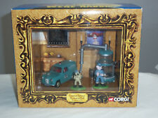 CORGI CC80503 WALLACE AND GROMIT GREEN AUSTIN A35 VAN LTD EDITION FILM CELL SET