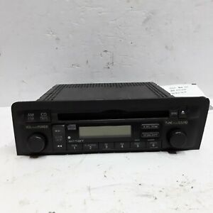 04 05 Honda Civic Coupe AM FM CD radio receiver OEM 39101-S5P-A310-M1