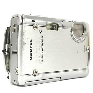 Olympus Stylus 720SW Digital Camera 7.1 MP 3x Optical Zoom Silver Compact 213010