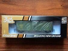 TRUE LINE TRAINS 1/87 HO CN EXPRESS GREEN 40' BOXCAR # 11070 ITEM # 300192 NIB
