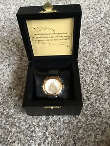 Mickey Mouse 50Th Anniversary Disneyland Limited Edition Gold Face Watch New!