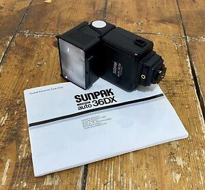 Sunpak Auto 36DX Thyristor Flash For Hot Shoe Mount Cameras With Manual