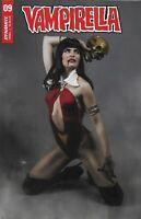 Vampirella Comic 9 Cover E Teena Titan Cosplay Variant First Print 2020 Dynamite