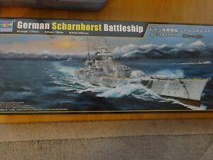 German Scharnhorst Battleship Schlachtschiff riesengross 1:200 NEU mit Ätzteile