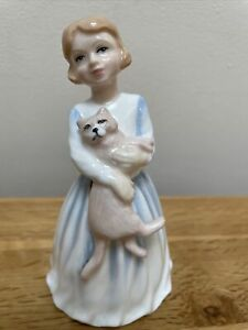 Royal Doulton My First Pet Figure HN 3122 Girl With Cat 1991
