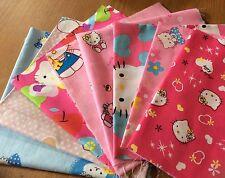 Lot de 8 tissus Hello Kitty Patchwork chaque tissu 20x20cm