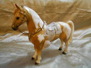 Vintage Saddled Ceramic Horse Large, Lovely Palomino Paint Western Horse