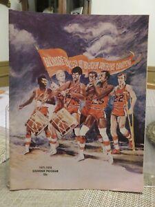 BALTIMORE BULLETS 1971-72 SOUVENIR PROGRAM (Game vs. Cleveland Cavaliers)