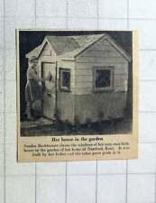 1956 Sandra Backhauser Has Own House In The Garden Dartford Kent