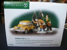 Department 56 Christmas In The City ~ Hailing A Cab ~ Set of 3 #56.58961