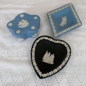 Wedgwood Wedgewood Vintage Jasperware - Lot of 3 pieces - 2 Blue & 1 Black