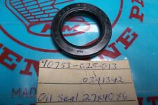 NOS Honda C70 CL90 S90 Rear Wheel Oil Seal  (27X40X6)   90753-028-013